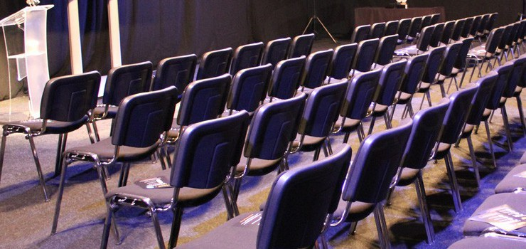 How To Choose The Perfect Conference Furniture