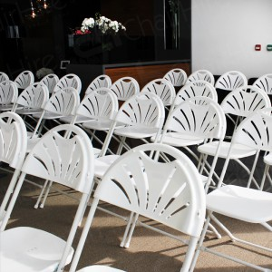 Folding chairs are quick to set up and take down. Perfect for meetings and conferences of all sizes.